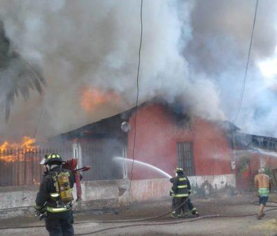 Fuego destruyó histórica casa de la Hacienda de Piguchén en Putaendo