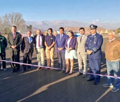 Inauguran pavimentación asfáltica de la pista del club aéreo de San Felipe