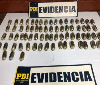 PDI detuvo en peaje Las Vegas a boliviano que transportaba 78 ovoides en su estomago