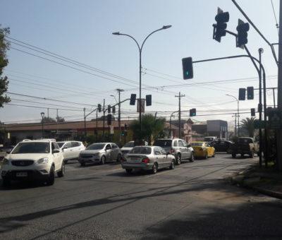Por semáforo Inteligente ahora conductores en San Felipe no podrán virar de Maipú para subir por O'Higgins