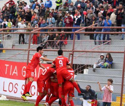 Unión San Felipe celebró su primer triunfo del año en la Primera B