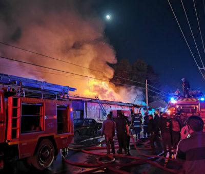 Incendio destruyó 4 casas en el sector El Pino en Santa María