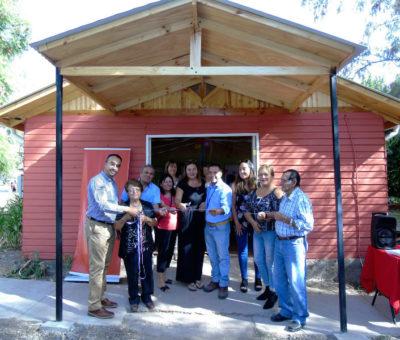 Vecinos de El Pimiento en Calle Larga con apoyo de División Andina mejoran sede social