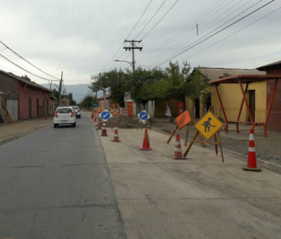 Constructora Santa Sofía retoma obras de alcantarillado San Rafael – Curimón