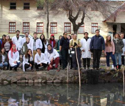 Futuros veterinarios de la Universidad de Chile visitan Piscicultura Río Blanco