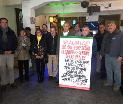 "Comerciantes de avenida Maipú se suman a movimiento ""Que San Felipe Decida"""