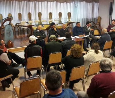 Municipio propone a comerciantes aumentar estacionamientos en calles céntricas de San Felipe