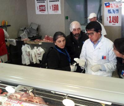 Seremi de Salud fiscaliza carnicerías, fabrica de empanadas y venta de hilo curado en Aconcagua