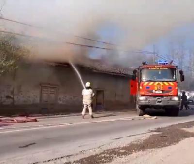 Quema ilegal habría originado incendio que destruyó antigua casona en San Rafael