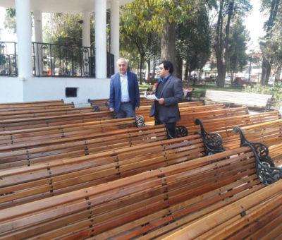 Municipalidad suma 28 nuevos escaños para conservación de la plaza de armas de San Felipe