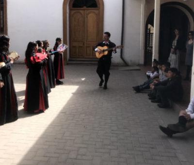 """Escuela José Manso de Velasco de San Felipe inaugura muestra artística """"La Ruta de la Ballena"""""""