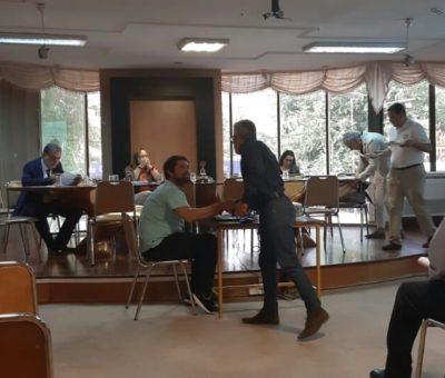 """""""Abandono"""" de concejales por molestia con alcalde deja Concejo Municipal en San Felipe sin """"quórum"""""""
