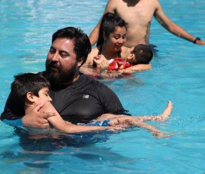 En Los Andes taller municipal de hidroterapia beneficia a niños y jóvenes con discapacidad