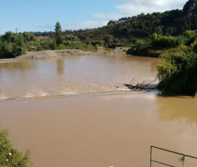 Esval activa estado de alerta preventiva en Los Andes y Calle Larga por alta turbiedad en el río Aconcagua