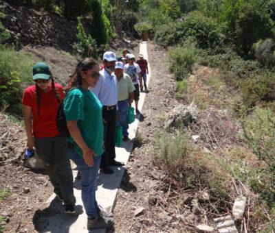 CONAF prepara a vecinos para prevenir incendios forestales en el cerro El Llano de Putaendo