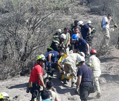 Bomberos de San Felipe rescató a joven excursionista deshidratado en cerro El Peñón