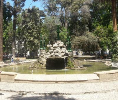En concurso elegirán diseño de nueva pileta de la plaza de armas de San Felipe