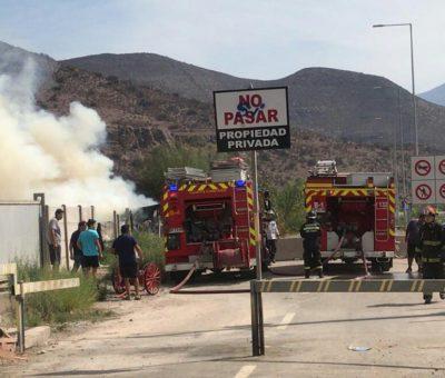 Fuego destruyó en minutos vivienda cerca de la villa Yevide en San Felipe