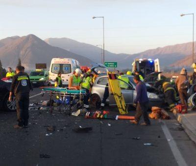Colisión vehicular en enlace Las Vegas en Llay Llay deja un menor de 3 años fallecido