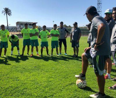 Delincuente dejó sin teléfonos celulares a jugadores de Trasandino